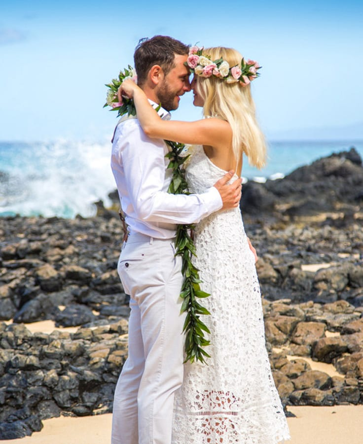 Hawaiian wedding traditions ancient hawaiian weddings you can experience in our intimate beach weddings junglespirit Choice Image