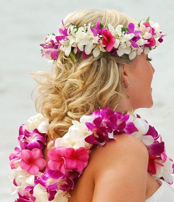 Hawaiian Wedding Hairstyles: Hair And Makeup For Your Maui Wedding