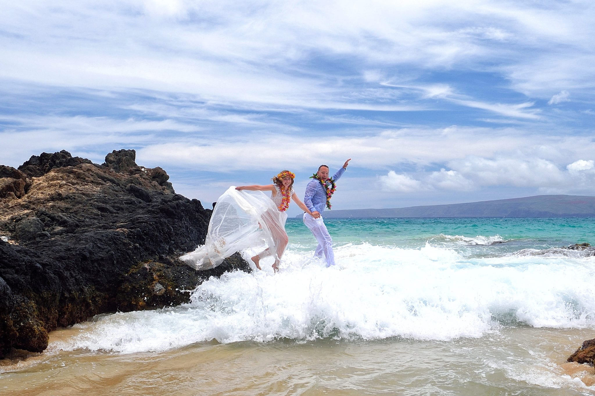 Trash The Dress Sessions Maui Wedding Planning By Ahw